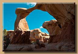 Blick durch den Metate Arch
