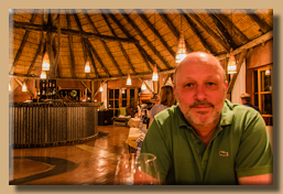Dinner in der Kalahari Red Dune Lodge